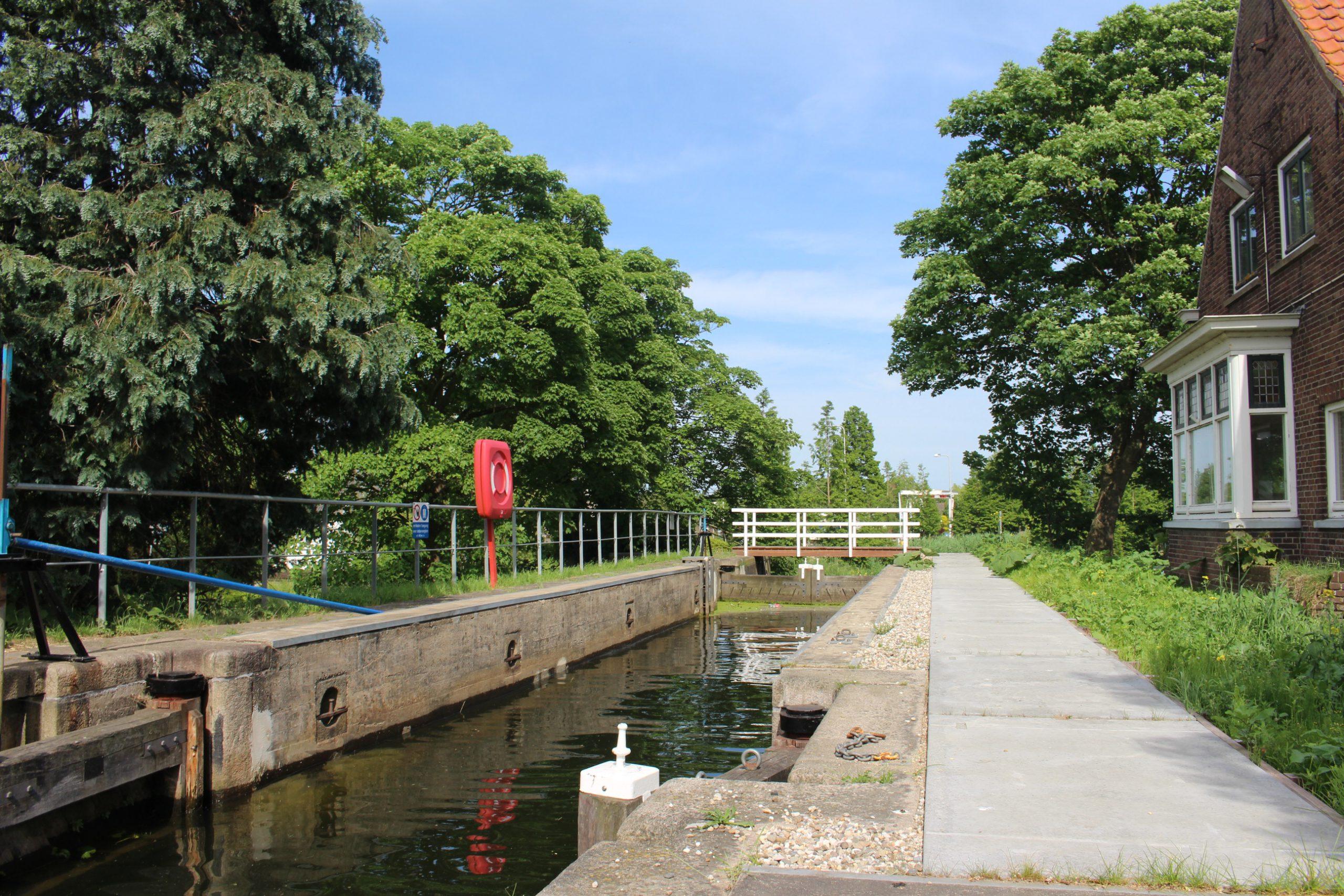 Overdracht-Sluis-Rijneveld-Skeg-bv